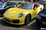 Fritessaus erbij? Porsche 991 Turbo S in McDonalds-kleurstelling