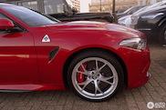 Spot van de dag: Alfa Romeo Giulia QV in volle glorie