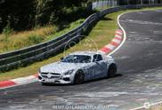 Mercedes-AMG GT S Roadster draait zijn testronden op warme Nürburgring
