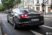 The new Porsche Panamera Turbo looks a lot more dynamic!
