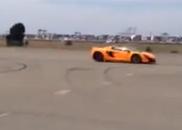 Filmpje: McLaren 650S Spider tegen Ferrari 458 Speciale