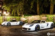 Combo: Porsche Carrera GT gebroederlijk naast Porsche 918 Spyder