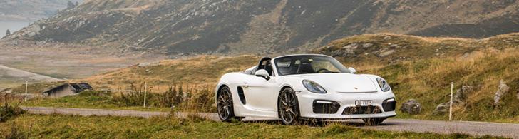 Porsche Boxster Spyder feels at home at the Splügenpass