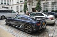 Koenigsegg One:1 gekiekt bij hotel in Londen