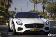 Mercedes-Benz SLS AMG Brabus en AMG GT fleuren Tel Aviv op