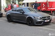 Eeuwig zonde: Mercedes-AMG C 63 S Coupe ontdaan van zijn gele striping