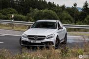 Gespot: de hoonigan uithangen met Mercedes-AMG C 63 S