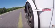 Filmpje: Jay Leno kruipt achter het stuur van de Koenigsegg One:1