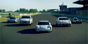 Porsche pronkt met de E-Performance line up