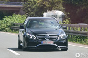 Gespot: Mercedes-Benz Brabus 850 6.0 Biturbo Estate