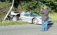 Zeldzame Ferrari F50 crasht in Engeland
