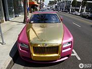 Roze Rolls-Royce Ghost is net een speeltje