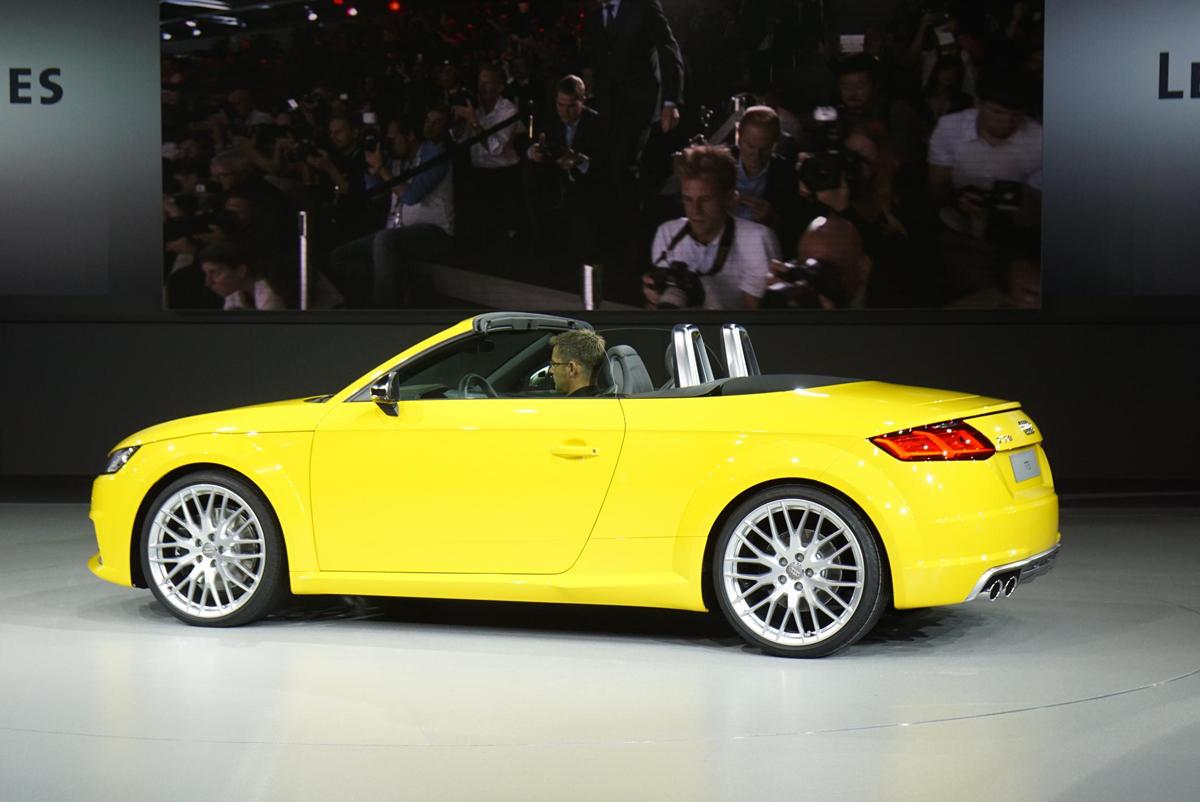 2014 巴黎车展: 奥迪 tt s roadster