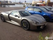 Who wants to wash this Porsche 918 Spyder?