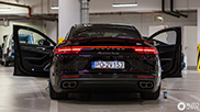 Porsche Panamera combo gespot in Warschau