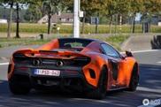 Oranje McLaren 675LT Spider is just too late
