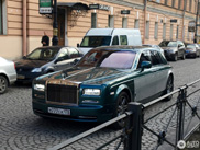 Rolls-Royce Phantom in een sierlijke two-tone samenstelling gespot