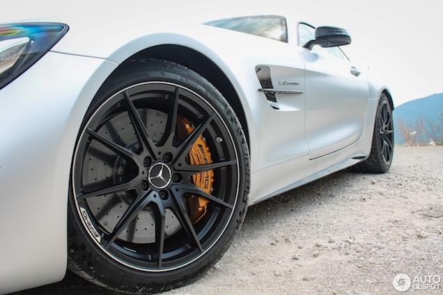 Beestachtige AMG GT R in Montenegro!