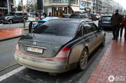 Maybach 57 S is losgegaan op polderwegen