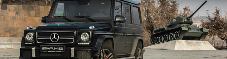 Mercedes-Benz G 63 AMG spotted between its brothers