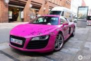 Roze Audi R8 behoort toe aan prof-bokster