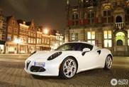 Spot van de dag: Alfa Romeo 4C in Delft