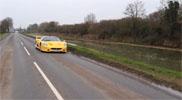Filmpje: met meer dan 100 km/u achter een Ferrari F50 wakeboarden