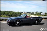 Gespot: Aston Martin Virage Volante 5.3 Wide Body