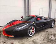 Ferrari LaFerrari mit außergewöhnlicher Lakierung