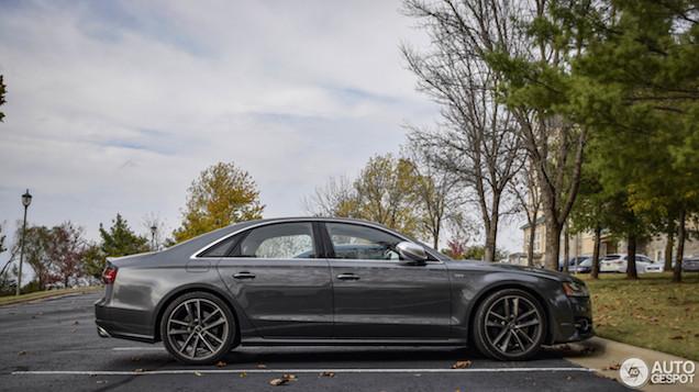 Anoniem maar toch geweldig, Audi S8