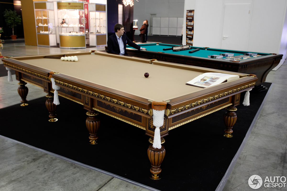 Moscow TopLine Show - Topline pool table