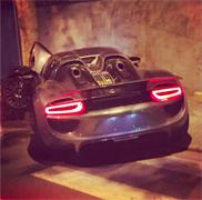 Porsche 918 Spyder professioneel kapot gereden