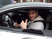 Profvoetballer Karim Benzema rijdt privé graag een Bugatti