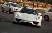 Eigenaar Porsche 918 Spyder heeft zijn garage volstaan met supercars