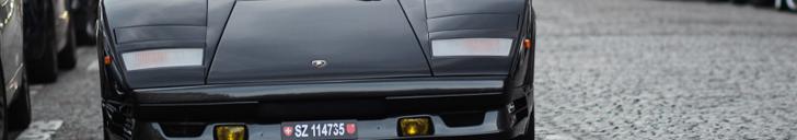 Black Lamborghini Countach 25th Anniversary looks amazing in Paris