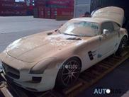 Mercedes-Benz SLS AMG overleeft duik in Atlantische oceaan niet
