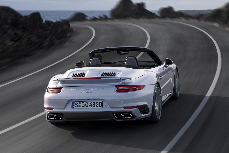 全新保时捷 911 turbo,动力更上一层