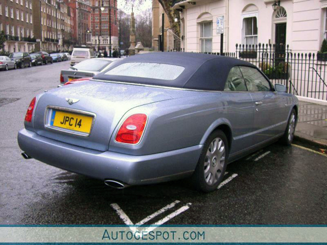 Exoot uitgelicht: Bentley Azure