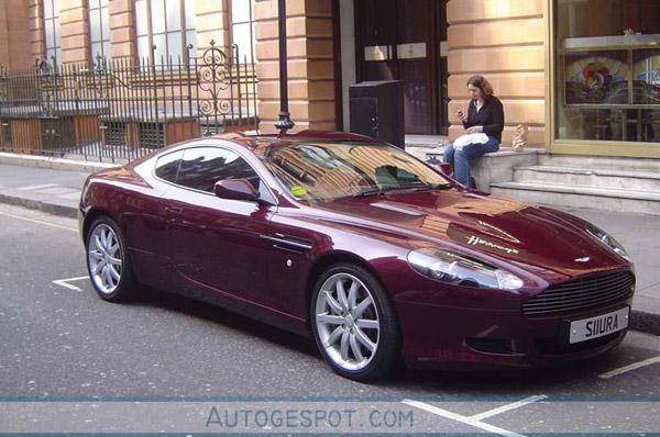 alle kleuren van de regenboog aston martin db9. Black Bedroom Furniture Sets. Home Design Ideas