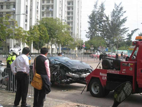 Eerste crash Nissan GT-R