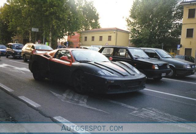 Gespot in de archieven: prototype voor de Ferrari 360 Modena