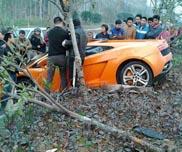 Saobraćajni udes u Kini: Lamborghini Gallardo LP560-4