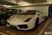Prašnjavi Lamborghini Gallardo LP560-4