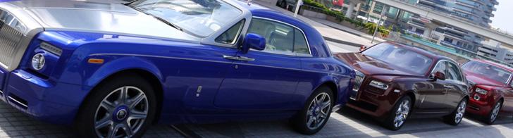 Stvarno dobro izgleda: šareni Rolls-Royce kombo u Dubajiu!