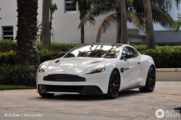 Aston Martin Vanquish Looks Gorgeous In Stratus White 21 on 2006 aston martin db9