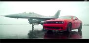 Vidéo : la Dodge Challenger SRT Hellcat défit un F16