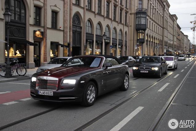 Primeur: Rolls-Royce Dawn zonder camouflage!