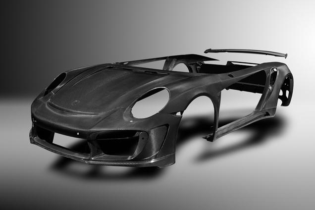 Topcar maakt volledige carbon fiber body voor Porsche 991 Turbo