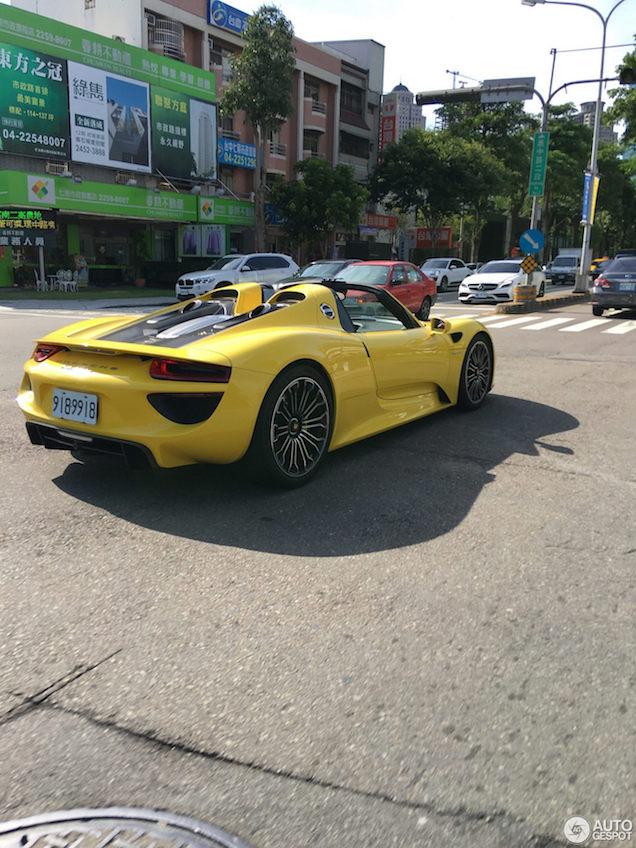 Topspot: Porsche 918 Spyder in Taiwan
