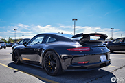 Spot of the Day USA: Blacked out Porsche 991 GT3